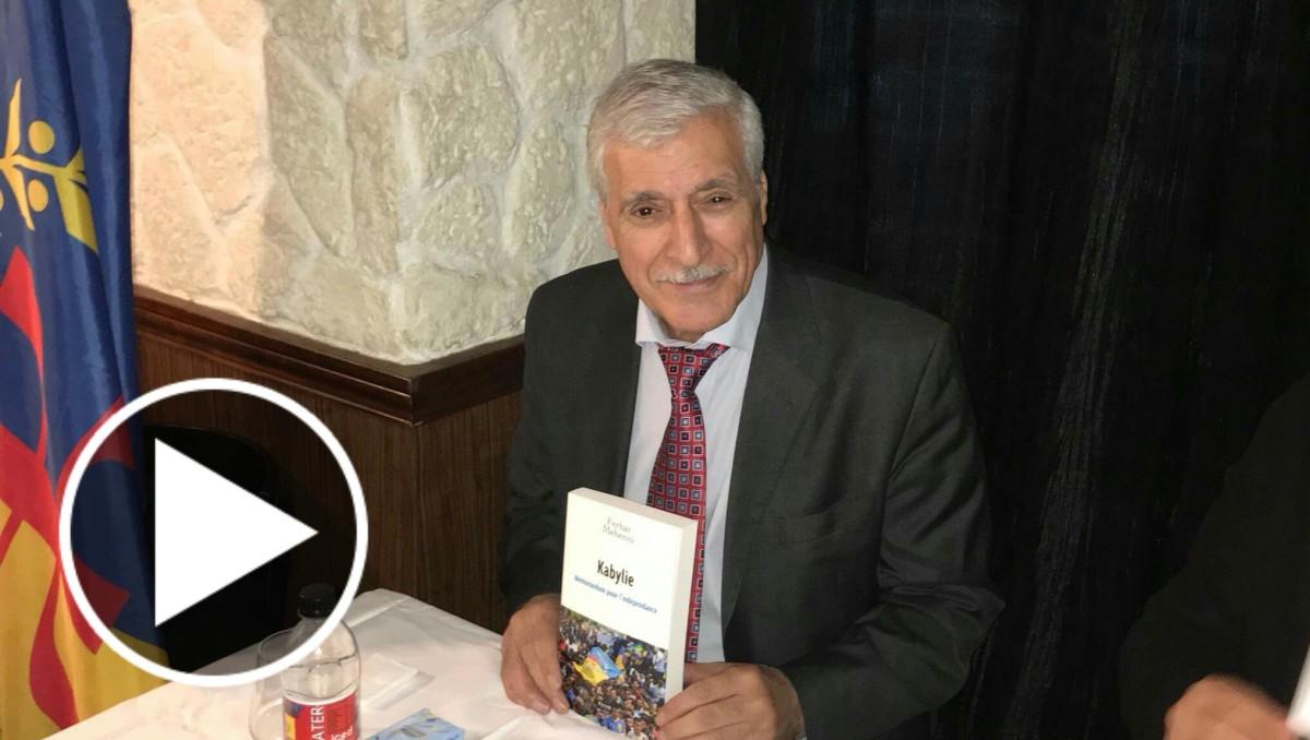 Extrait de la vente/dédicace du dernier livre de Ferhat Mehenni au Royal Est à Paris - K-DIRECT